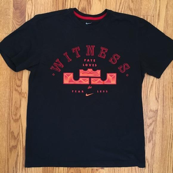 Men s Nike Lebron James witness t shirt. M 5acd06225521be647261501c 6a848b3e02ae